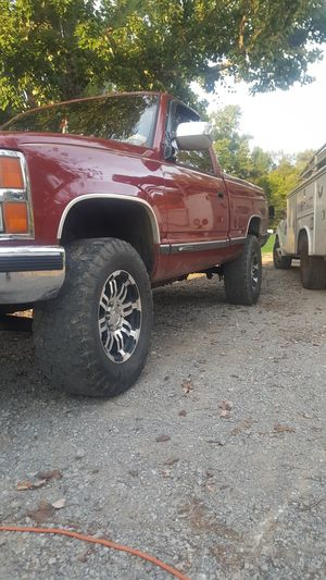 1990 chevy 1500. 5 speed 4x4 for Sale in Lebanon, TN