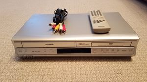 Toshiba DVD VCR combo with remote for Sale in Southlake, TX