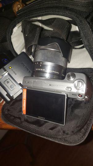 Sony Nex-5 camera mirrorless for Sale in Stockton, CA