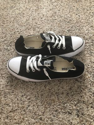 Women's size 10 chuck Taylor's shoreline for Sale in Gilbert, AZ