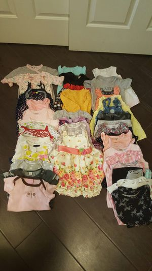 3 to 6 months size girl clothes for Sale in Riverview, FL