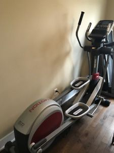 $150 used in great condition proform 440 es exercise bike Bicycle iFit 32 On-Board Workout 25 Resistance Levels retail $600 for Sale in El Monte, CA