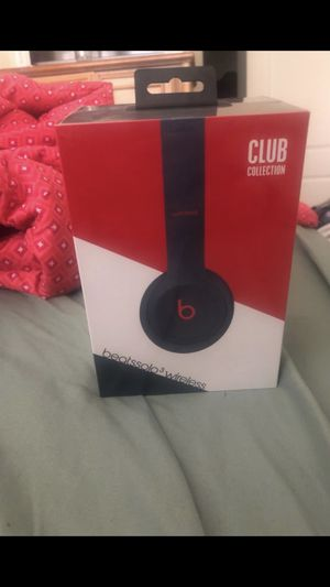Beats by Dr. Dre Solo3 Club Collection On Ear Wireless Headphones - Club Navy never opened for Sale in Miami, FL