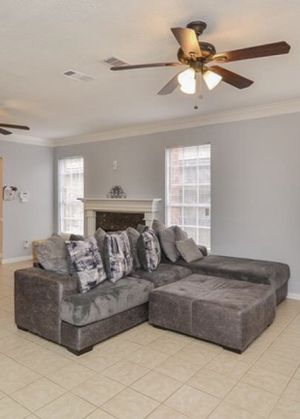 L shape sectional couch for Sale in Houston, TX