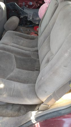 Free seats for 2003 Tahoe for Sale in Glendale,  AZ