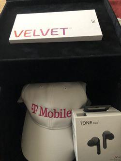 LG velvet 5G phone LG tone headphones for Sale in Las Vegas,  NV