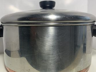 vintage revere ware copper bottom 4 1/2 Qt cookware w/lid for Sale in Fort Myers,  FL