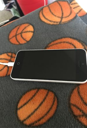 iPhone 5 c for Sale in Milwaukie, OR