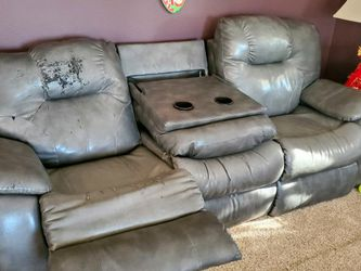 FREE! Living Room Set Recliner Sofa, & Loveseat for Sale in Clackamas,  OR