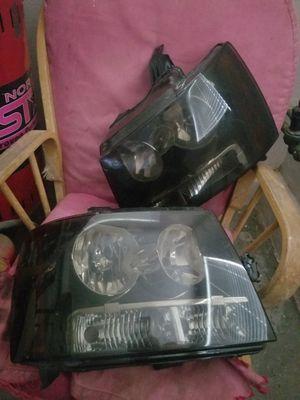 2007 tahoe headlights for Sale in Lake Elsinore, CA