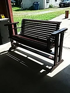 Porch swing..home build for Sale in Painesville, OH
