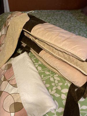 Bedding crib set for Sale in Pasadena, TX