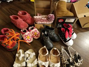 10 pairs of baby girl shoes for Sale in Louisville, KY