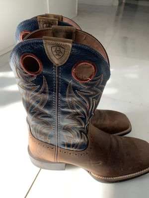 Brand New Mens Ariat Boots - size 10 for Sale in Flower Mound, TX