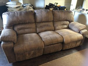Couch sofa recliner for Sale in Houston, TX