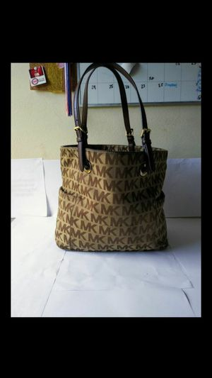 Michael Kors Tote Bag for Sale in Winter Haven, FL