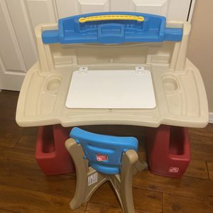 Step 2 Child Desk With Chair for Sale in Mesa, AZ