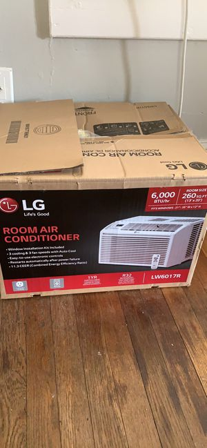 Window air conditioner AC air conditioning unit 6,000 btu Energy star. Dehumidifier MOVING SOON a/c for Sale in Washington, DC