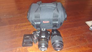 Nikon D5200 with 2 lenses for Sale in Long Beach, CA