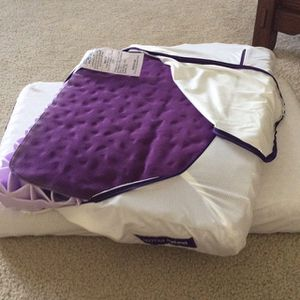 Purple Pillows New for Sale in Newark, IL