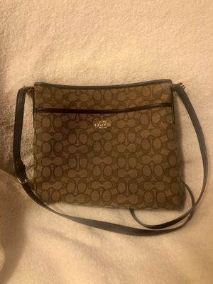 Coach Crossbody for Sale in Des Moines, IA
