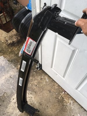 2014 threw 2016 Honda CR-V front impact bar for Sale in Coral Gables, FL