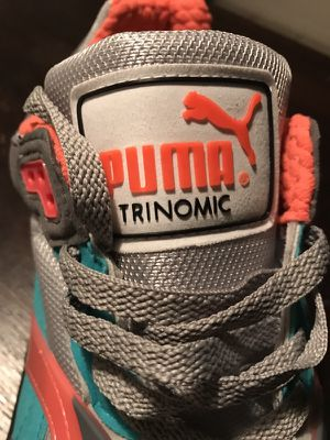 MENS SIZE 10 PUMAS MULTICOLOR for Sale in Tampa, FL