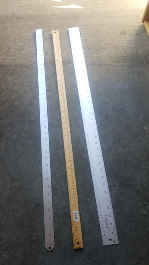 3 yarn rulers all for 10 for Sale in Kent, WA