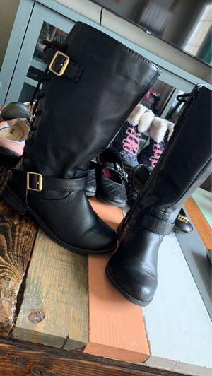 Girls boots size 13 new for Sale in Brownsville, TX