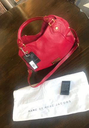 Marc Jacobs Q Fran LG Pebbled Leather Satchel Crossbody Bag for Sale in Scottsdale, AZ