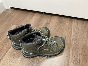 Keen women's hiking shoes for Sale in Sunnyvale, CA