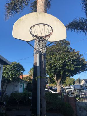 basketball hoop for Sale in Richmond, CA
