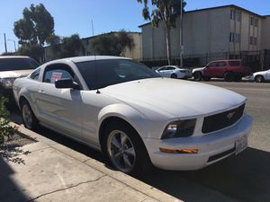 2008 Ford Mustang (SALVAGE TITLE) for Sale in Los Angeles, CA