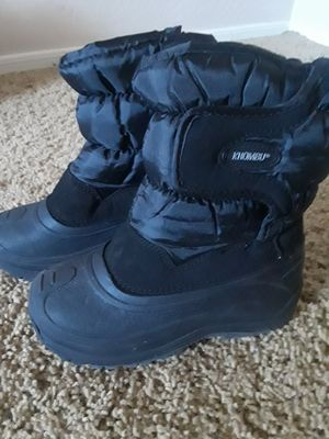 SNOW BOOTS SZ 13 KIDS BLACK for Sale in Surprise, AZ