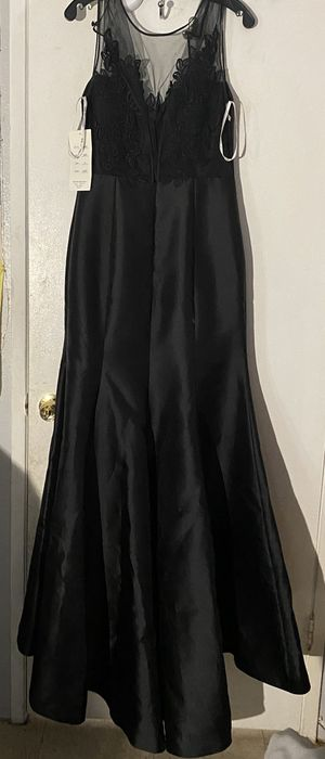 Black dress for sale for Sale in Anaheim, CA