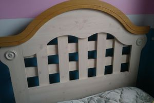 2 Twin beds for Sale in Detroit, MI