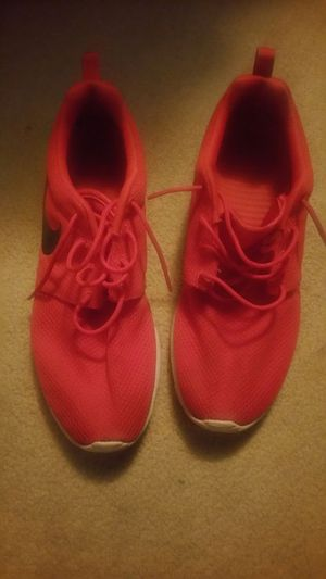 Size 10 nike shoe for Sale in Pittsburgh, PA