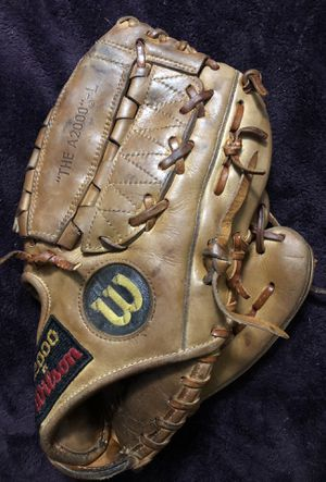 Wilson A2000 Baseball Glove for Sale in Hacienda Heights, CA