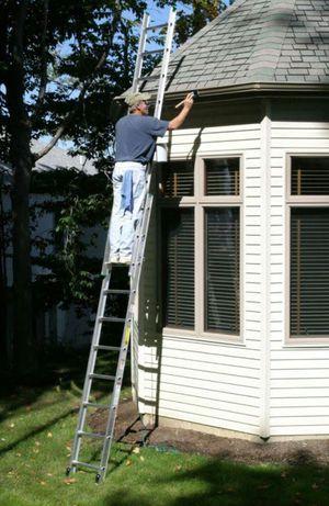 Werner 24 ft. Aluminum Extension Ladder, 225 lb. Load Capacity, 33.5 lb. Net Weight Aluminum D1224-2 for Sale in Fairfax, VA