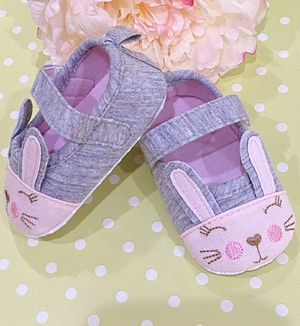 Baby Girl Bunny Shoes for Sale in Dunnellon, FL
