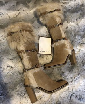 """ssica"""" Camel Suede Womens Tall Boots 👢size 6 •NEW• for Sale in Snohomish, WA"""