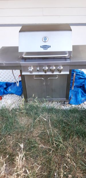 Bbq grill for Sale in Pittsburg, CA
