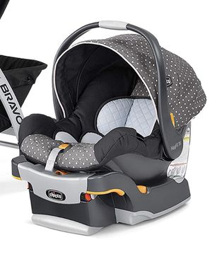 Chicco KeyFit 30 infant Car seat with base for Sale in Bonney Lake, WA