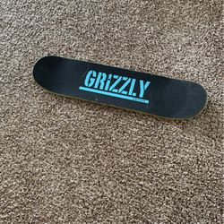 Girl Board for Sale in New London,  CT