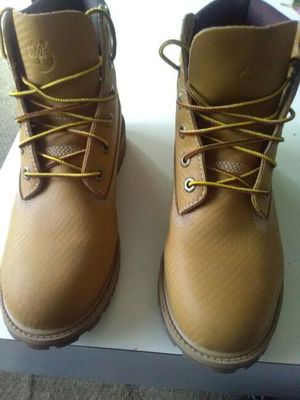 Helcor timberland boots for Sale in Detroit, MI