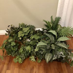 Assorted Fake Plants (6 Included) for Sale in Long Beach, CA