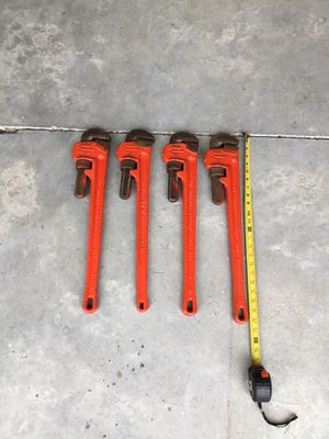 """Nye 24""""pipe wrench for Sale in Haines City, FL"""