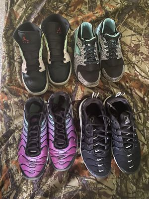 Shoe lot size 4.5-5 for Sale in Fairfield, OH