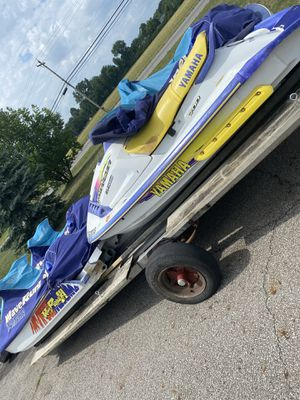 4 Yamaha jet skis clean title for Sale in Columbus, OH