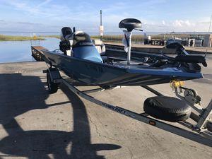 Alumacraft bass boat for Sale in FL, US
